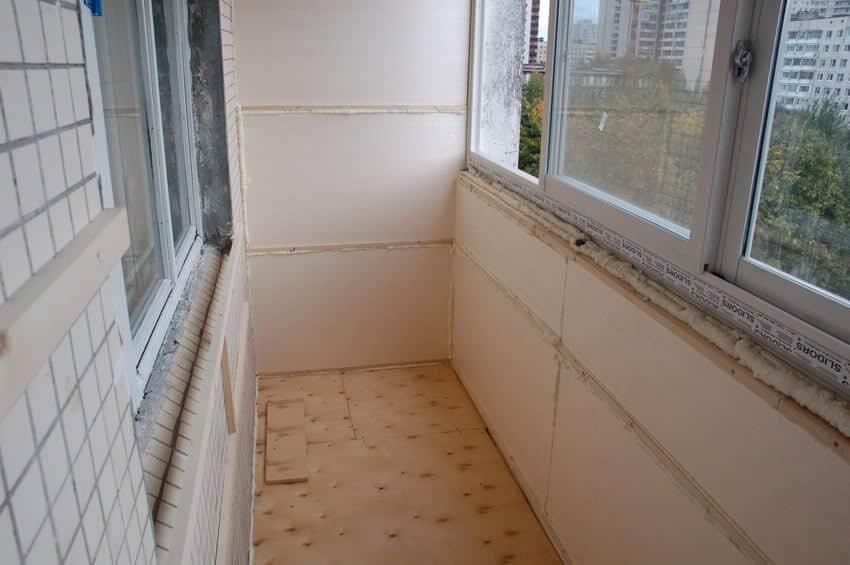 утеплити балкон